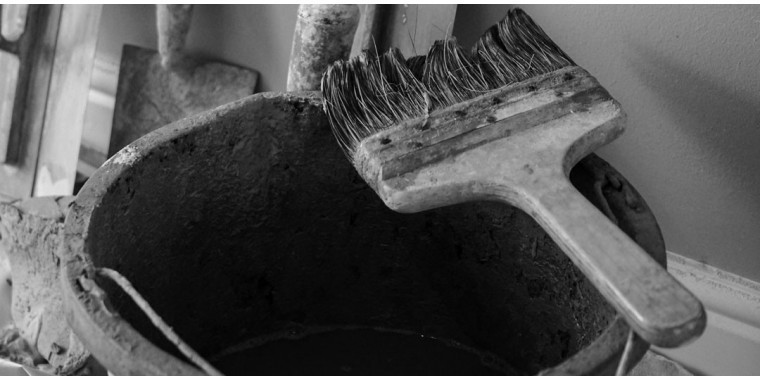 Water and bucket brushes