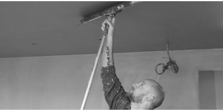 Pole attachments, aluminium extension poles & wooden handles